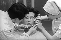 Image from: Tanin no Kao (1966)