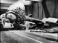 Image from: Deadly Mantis, The (1957)